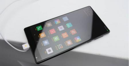 Xiaomi Mi MIX Hands on – the future of smartphones?